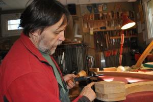 Marin Lhopiteau luthier harpe celtique